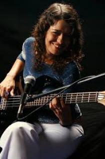 Anna Ly cantante