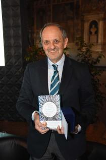 Premio Letterario Galileo 2017-Il vincitore-Guido Tonelli