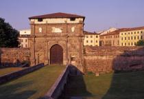 Porta Aperta 2018. Primavera-Estate-Porta San Giovanni