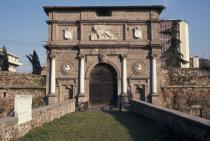 porta Savonarola