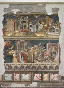 affreschi di Guariento nella loggia dei Carraresi