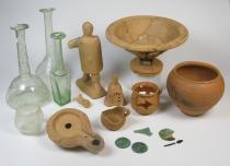 oggetti ritrovati nella tomba
