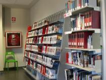 interno della biblioteca al Centro Altinate San Gaetano