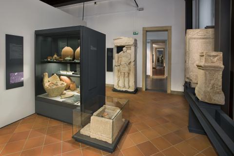 Scopriamo la Padova romana con la famiglia Cartoria...quante storie ci racconterà!